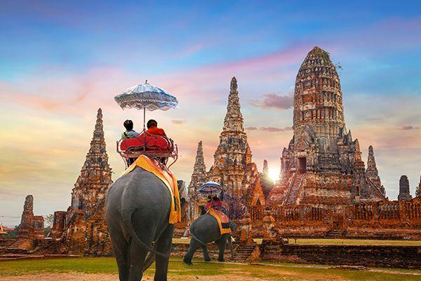 Sukhothai: Thành phố Vàng cổ đại của Thái Lan