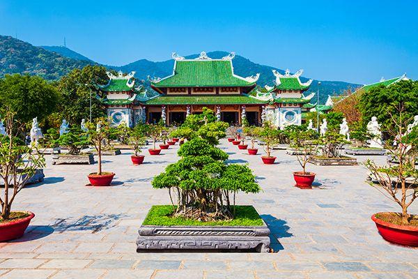 Chùa Linh Ứng, Bãi Bụt - Ngôi chùa linh thiêng ở Đà Nẵng