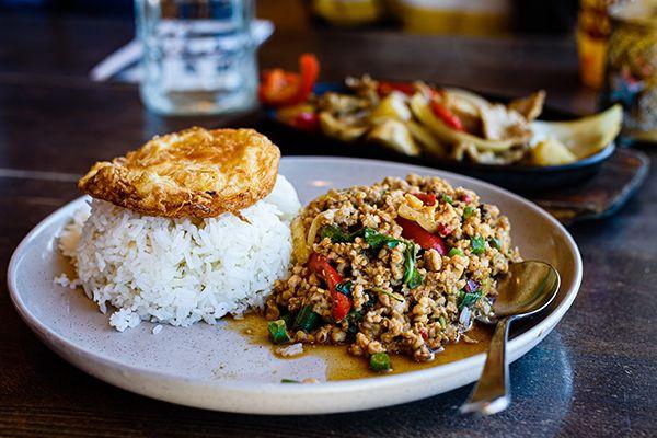 Top 10 nhà hàng tốt nhất đường Khao San, Bangkok