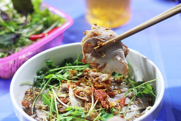 Ngõ chợ Đồng Xuân - Thiên đường ăn vặt ở Phố Cổ