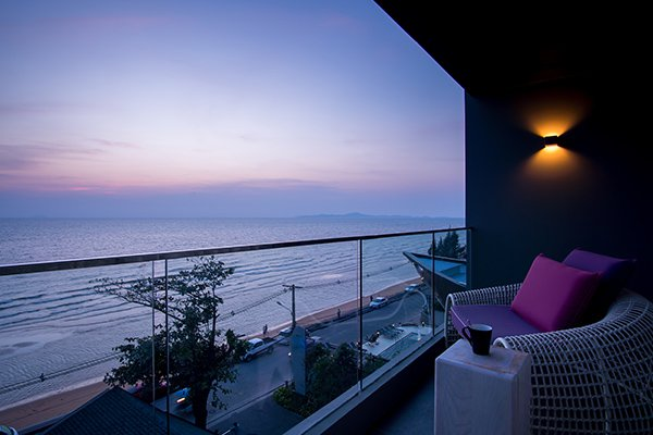 Top 10 khách sạn Đà Nẵng gần biển view đẹp, giá tốt