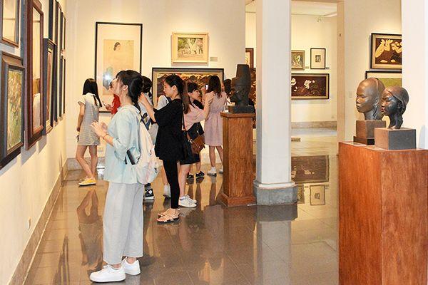 Bảo Tàng Mỹ Thuật tại thành phố Hồ Chí Minh có gì vui?