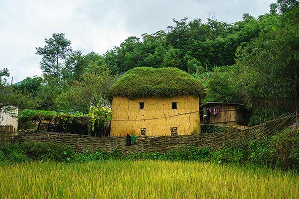 Nhà trình tường của người Tày ở Lạng Sơn