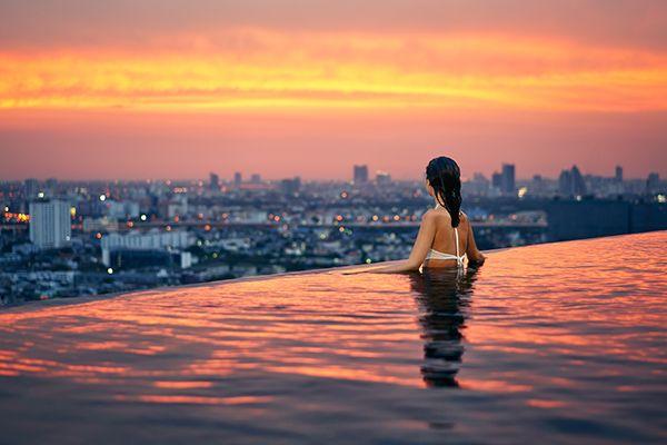 Top 7 bể bơi sân thượng đẹp nhất ở Hồng Kông