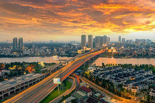"""Hướng dẫn khám phá mọi """"ngóc ngách"""" Sài Gòn trong 24h"""