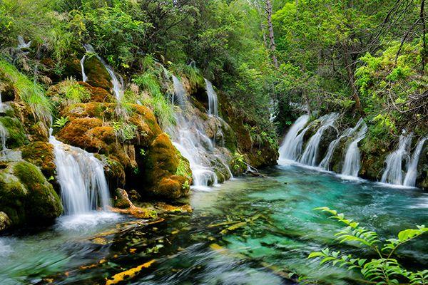 Top 6 địa điểm du lịch nổi bật ở Cửu Trại Câu