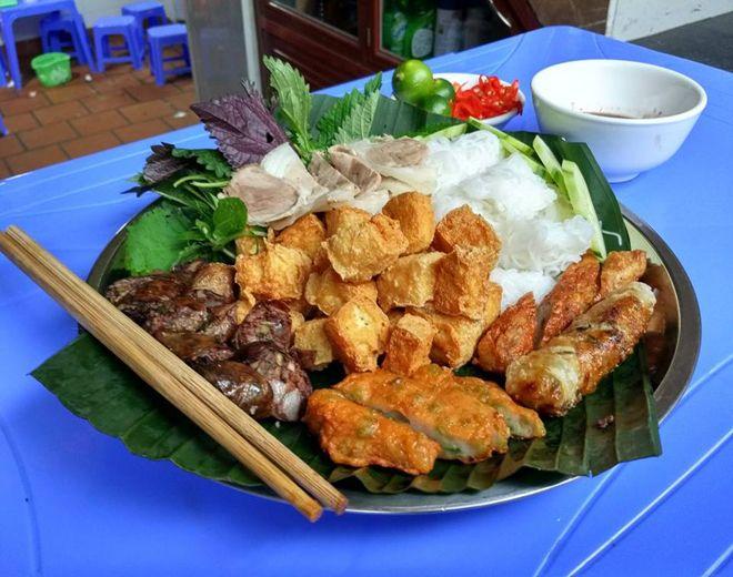 Bún Đậu Mắm Tôm - 64, 66 Ngõ Phất Lộc, Hàng Bạc