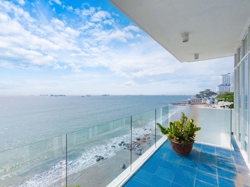 ban cong seaside palm 21 villa vung tau