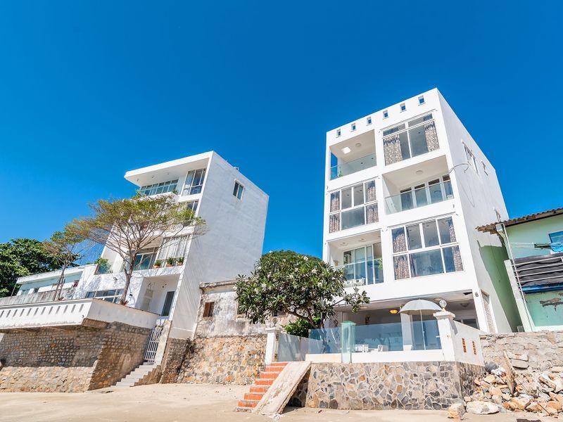 khuon vien beachfront palm 22 villa vung tau