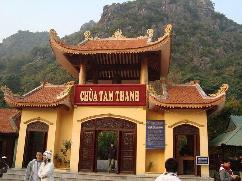Chùa Tam Thanh cũng là địa điểm hấp dẫn