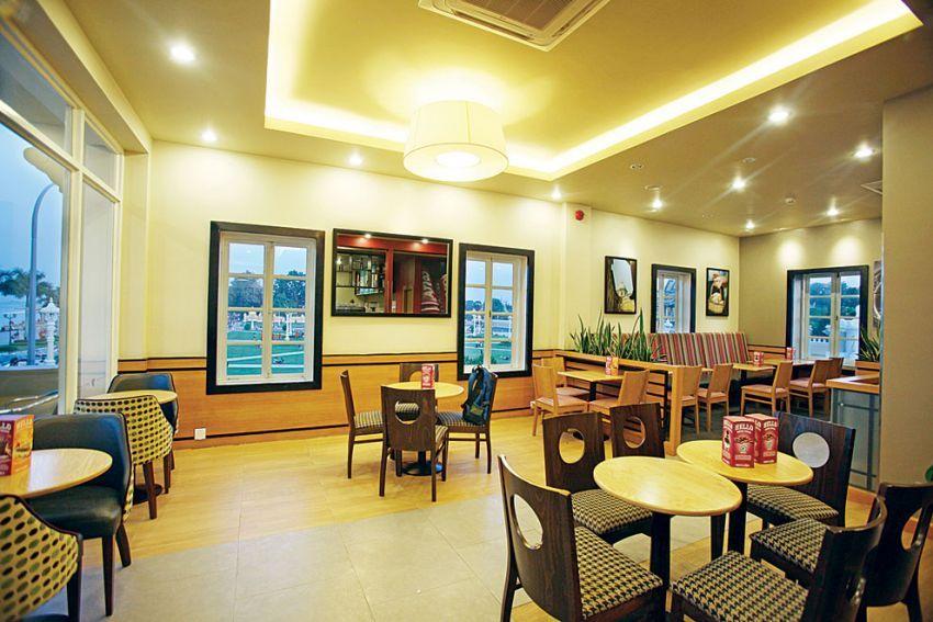 Costa Coffee AEON Mall