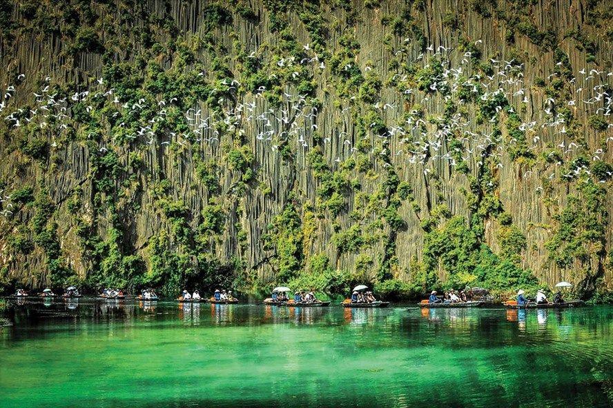 dam van long emeralda ninh binh resort and spa