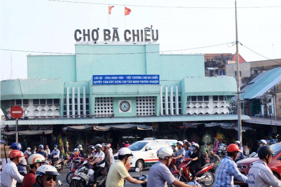Đây cũng là một địa điểm không thể bỏ qua khi tham quan những khu chợ nổi tiêng nhất Sài Gòn.